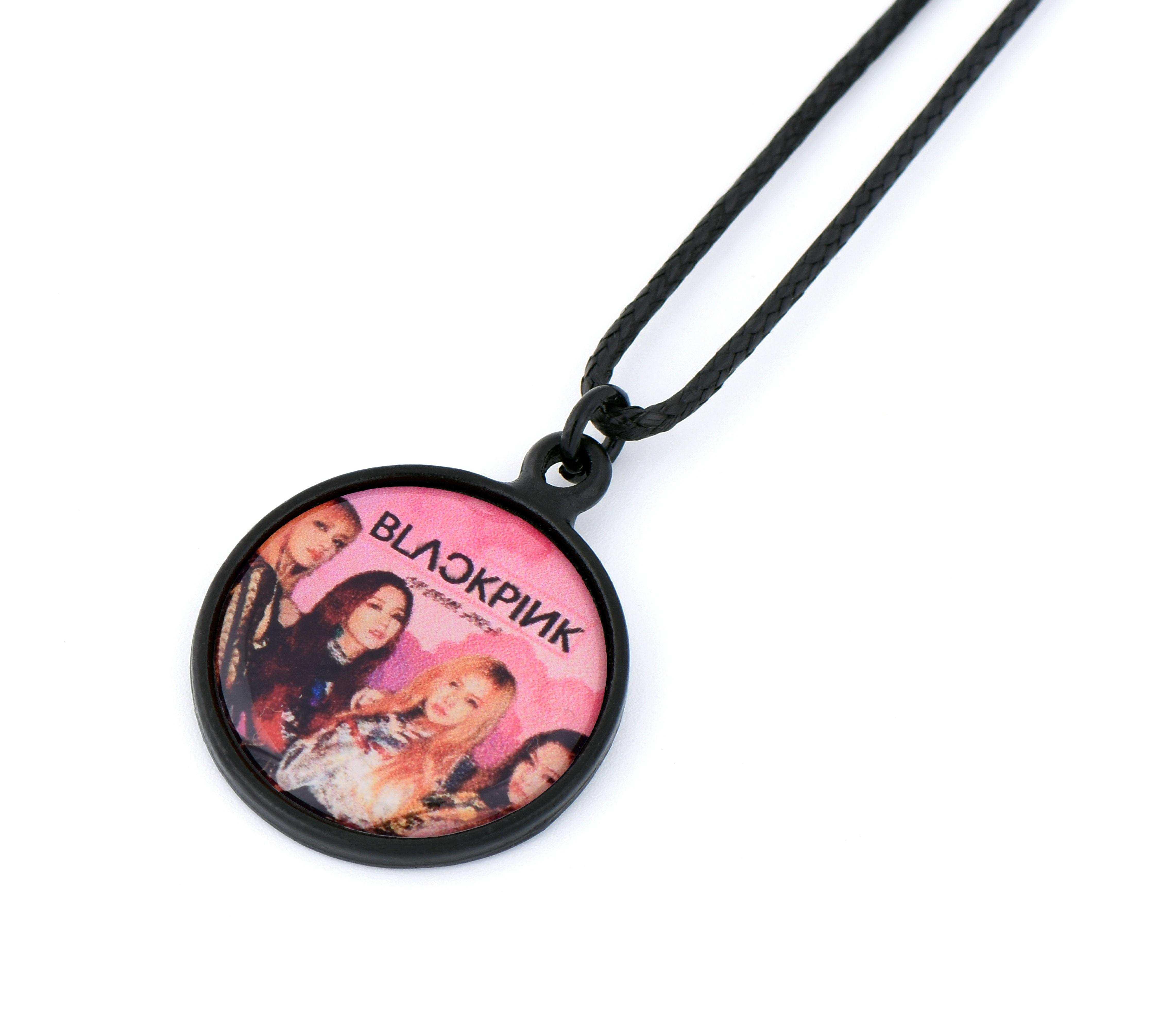 Black Pink Resimli Kolye - KOL0467