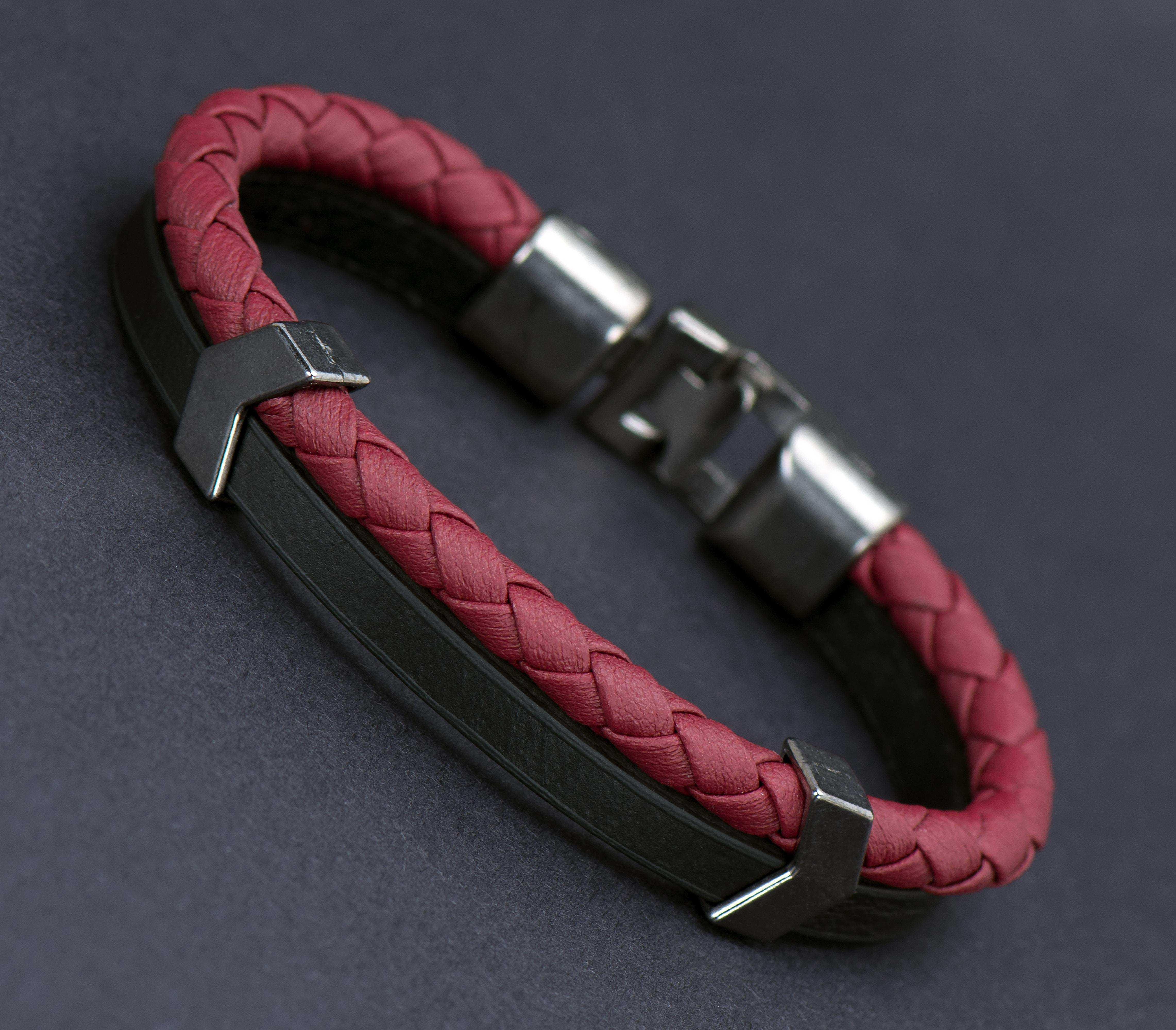 Kırmızı Siyah Deri Bileklik - DER0153